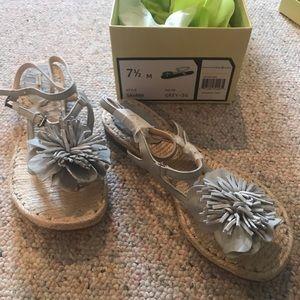 Max Studio new flat sandals